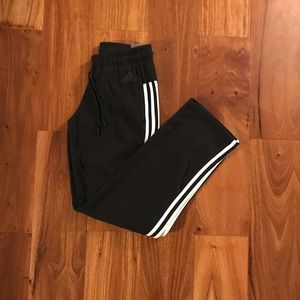 Black adidas sweat pants size XS